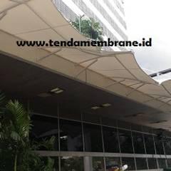Tenda membrane DPR RI, Senayan Jakarta: Gedung perkantoran oleh Fortuna Jaya Kreasi, Tropis Komposit Kayu-Plastik