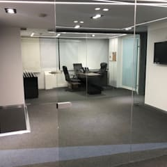 Offices & stores توسطEA ARCHITECTURE & FURNITURE, مینیمالیستیک