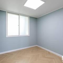 등촌동 삼성한사랑 2차 32py: 곤디자인 (GON Design)의  방,모던
