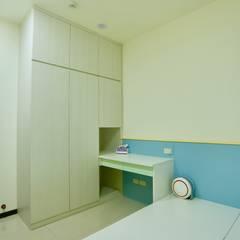 藏私系統傢俱:  tarz Erkek çocuk yatak odası,