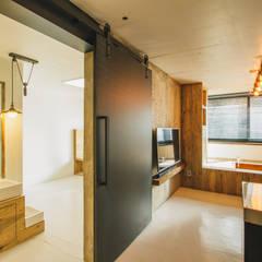하계동 장미 아파트|Residence: 므나 디자인 스튜디오의  거실,에클레틱 (Eclectic)