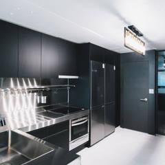 하계동 장미 아파트|Residence: 므나 디자인 스튜디오의  주방,에클레틱 (Eclectic)