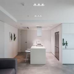 분당구 백현동 A 아파트|Residence: 므나 디자인 스튜디오의  주방,