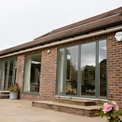 Farnham internal remodelling and modernisation project:  Detached home by dwell design, Modern