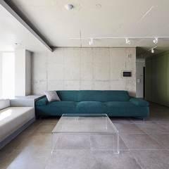 일산 마두동 강촌마을 아파트| Residence: 므나 디자인 스튜디오의  거실,미니멀