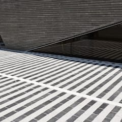 J_oblique 제이오블리크_평택시 고덕지구 FD11-4-9 상가주택: AAG architecten의  발코니,모던 화강암