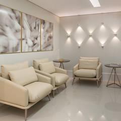 Floors by C2 Arquitetos, Minimalist
