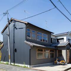 透き間の家 の 山本嘉寛建築設計事務所 YYAA モダン 鉄/鋼
