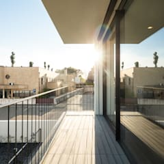 Multi-Family house by Raulino Silva Arquitecto Unip. Lda,