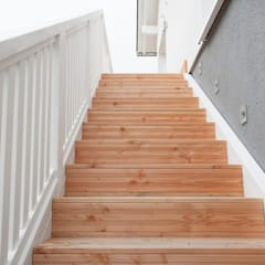 Stairs by homify, Country Wood Wood effect