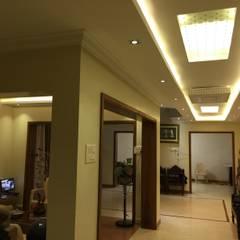 Residence @ Nagercoil:  Corridor & hallway by Designer M  - by Ar Sameem,
