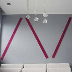Lacobel fuksja: styl , w kategorii Ściany zaprojektowany przez Moje Szkło,