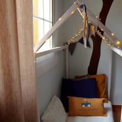Dormitorios de bebé de estilo  por Jimena Sarli Interior Design,