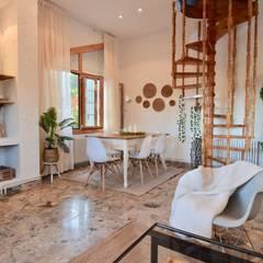 Mediterranean style dining room by Delaguard Home Staging Mediterranean