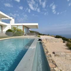 Kolam Renang oleh 3CPropiedades y Arquitectura, Mediteran