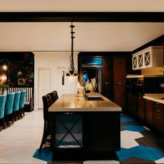 وحدات مطبخ تنفيذ Lily Duclaud Design Store , كلاسيكي