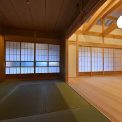 愛知の石場建て: 水野設計室が手掛けた和室です。,和風