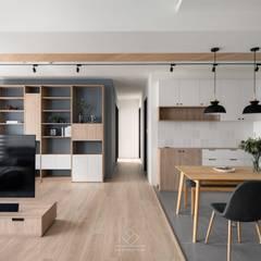 Ruang Kerja oleh 極簡室內設計 Simple Design Studio, Skandinavia
