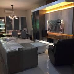 Furnish Build Living Room & Dining Room:modern  oleh Maxx Details, Modern