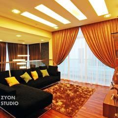 Kiara Residence Puchong:  Living room by ZYON STUDIO SDN BHD(fka zyon interior design sdn bhd), Modern