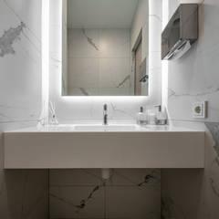 :  Ванна кімната by U-Style design studio,