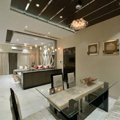 Designer's Fantasy:  Dining room by Ar. Milind Pai,Modern