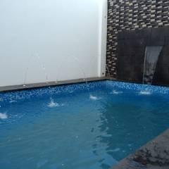 Alberca Los Nogales: Hoteles de estilo  por Albercas Aquarania, Moderno Concreto reforzado