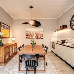 اتاق غذاخوری توسطMOB ARCHITECTS, مدرن