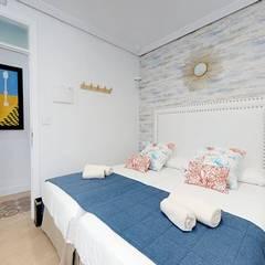 Hoteles de estilo  por VICTOR MONTERO DESIGN, Ecléctico