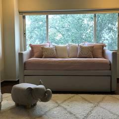 Dormitorios de bebé de estilo  por Palmira design ,