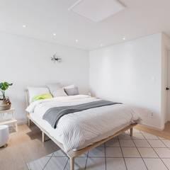 전주인테리어 우미린 탑층 아파트인테리어 , 인더스트리얼: 디자인투플라이의  침실,인더스트리얼