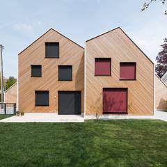 Rumah kayu oleh IFUB*, Modern Kayu Wood effect