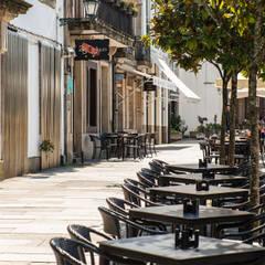 Hoteles de estilo  por Irrazábal |studio|,