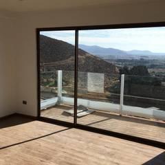 Ventanas de estilo  por Casas Metal, Mediterráneo Aluminio/Cinc