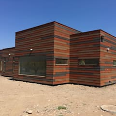 Prefabricated home by Casas Metal, Mediterranean چپس بورڈ