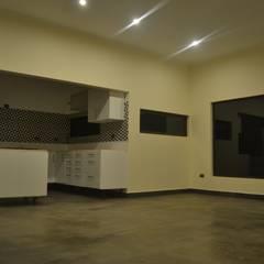 Vivienda 90 m2 Mediterráneo Nativa: Comedores de estilo  por Casas Metal,