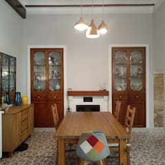 Dining room by Gestionarq, arquitectos en Xàtiva, Rustic Wood Wood effect