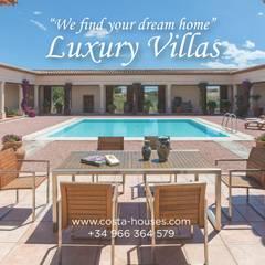 Villas de estilo  por COSTA HOUSES Luxury Villas S.L · Exclusive Real Estate in Javea COSTA BLANCA Spain, Clásico Mármol