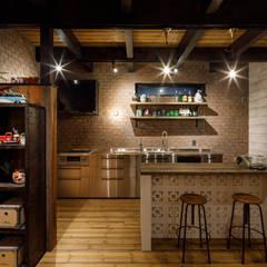 Kitchen by dwarf, Rustic