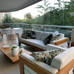 Balcony by Studio HG Arquitetura,