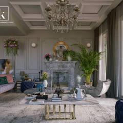 فيلا سكنية راهرو سبک کلاسیک، راهرو و پله من Karim Elhalawany Studio كلاسيكي