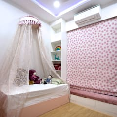 Girls Bedroom by HomeLane.com, Modern