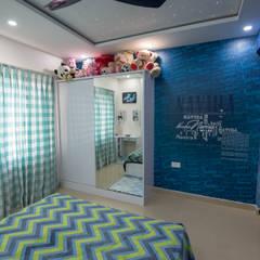 Girls Bedroom by Aikaa Designs, Modern