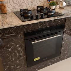 Kitchen units by Aikaa Designs, Minimalist