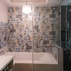 Baños de estilo  por 松泰室內裝修設計工程有限公司, Colonial Azulejos