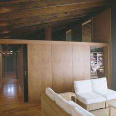 توسط SANTI VIVES ARQUITECTURA EN BARCELONA راستیک (روستایی) چوب Wood effect