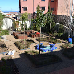 Garden by Irati Proyectos, Eclectic