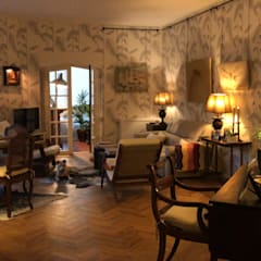 Renovação de Apartamento T1 Salas de estar clássicas por Maria Mayer   Interior & Landscape Design Clássico