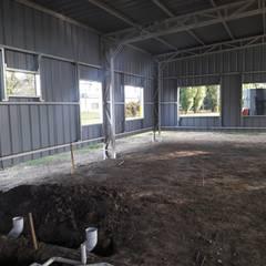 Gedung perkantoran oleh do Arquitectura (Construcción en Steel Framing y SIPANEL), Industrial