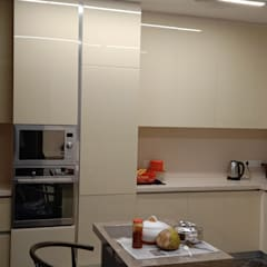 Kitchen units by Hoop Pine Interior Concepts, Modern Glass